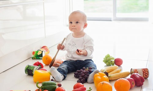 Các mẹ có thể cho bé ăn dặm từ bột đến các loại thực phẩm khác