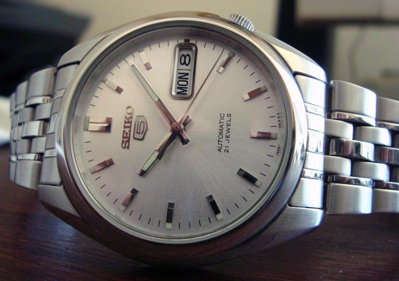 Đồng hồ Seiko 5 SNK355k1 xịn, giá bình dân