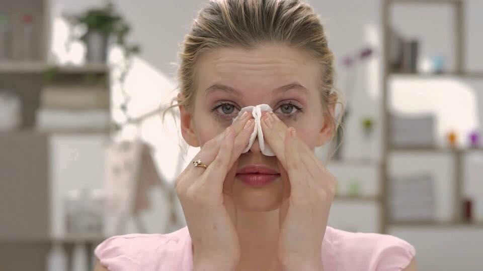 Sử dụng tẩy trang Garnier mỗi ngày để sở hữu làn da sạch, không mụn