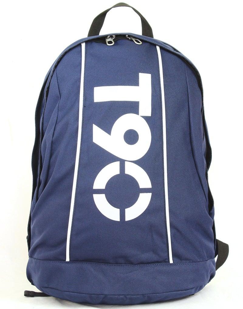 Balo thể thao Nike T90 Backpack kiểu dáng trẻ trung, năng động và cá tính có thể tích chứa 23 lít giúp bạn đựng nhiều đồ dùng khi đi học, đi chơi, đi tập hay đi du lịch