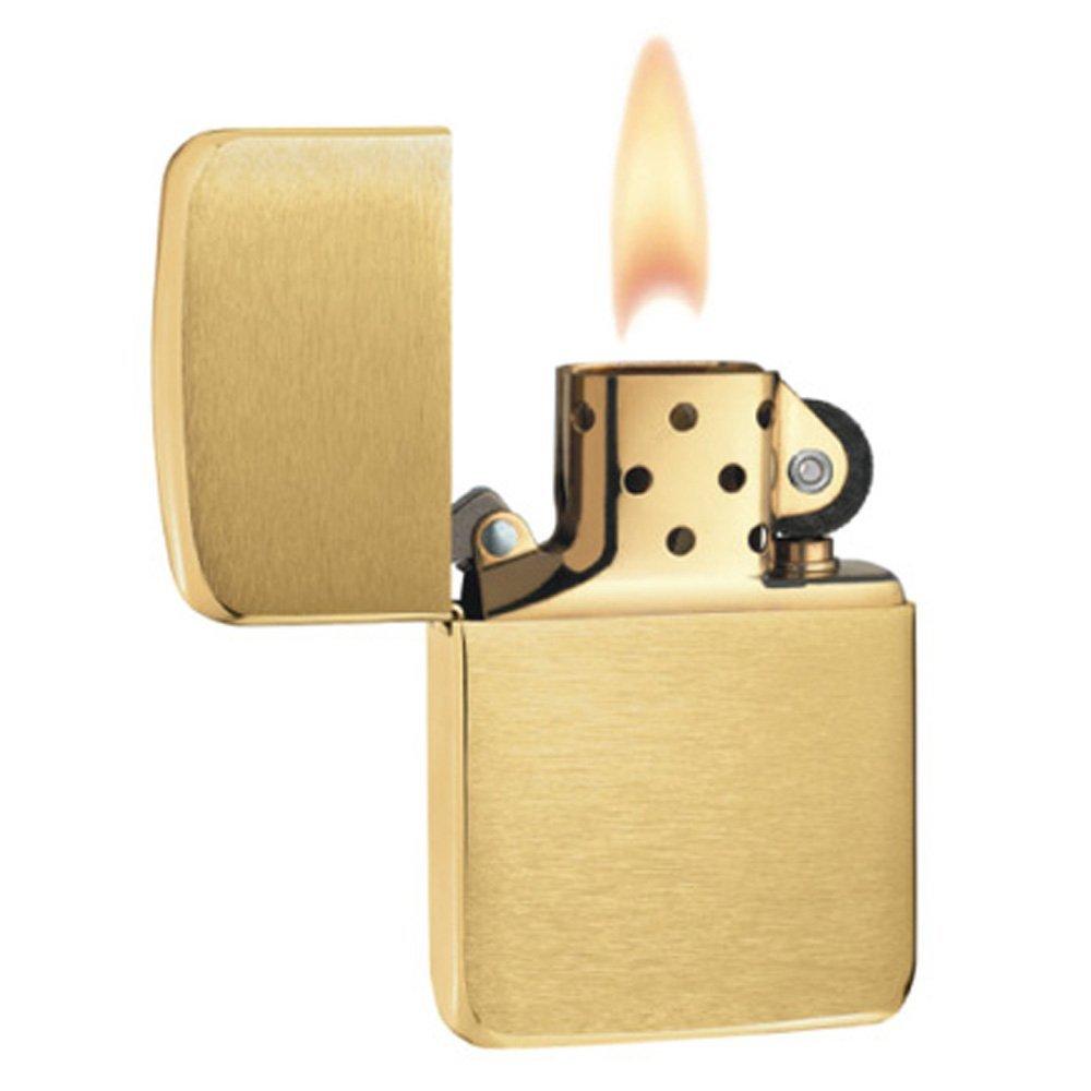 Bật lửa Zippo 1941 Replica Brushed Brass màu vàng sang trọng được thiết kế đơn giản mà vô cùng tinh tế