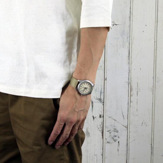 Trẻ trung, nam tính, bụi bặm cùng đồng hồ Seiko quân đội SNZG07J1 Nhật Bản