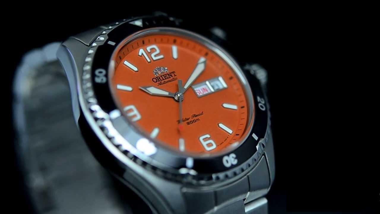 Vòng bezel của chiếc đồng hồ Orient Automatic được thiết kế răng cưa đầy mạnh mẽ, nam tính