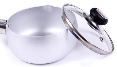 Nắp nồi Supor PS14 bằng kính trong suốt giúp bạn có thể quan sát trong suốt quá trình nấu nướng