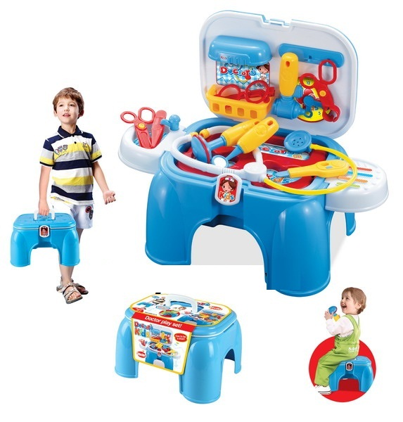 Bộ đồ chơi bác sĩ có tay xách màu xanh 008-91A được mô phỏng và trang bị đầy đủ các dụng cụ chuyên khoa của Bác sĩ
