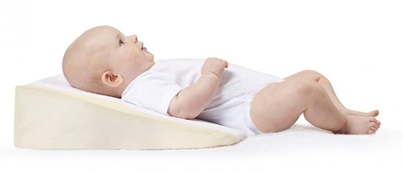 Gối chống trào ngược Cosymat Babymoov nghiêng 15 độ tốt cho bé