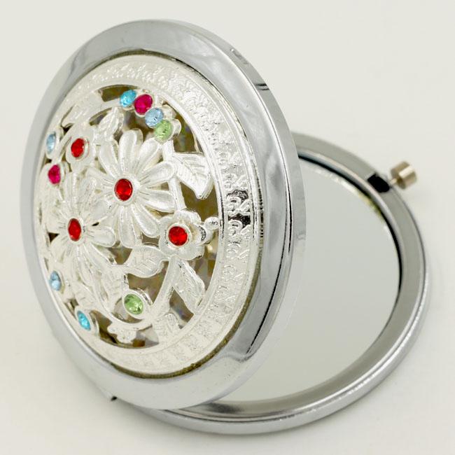 Gương trang điểm cầm tay Viennois xinh xắn tiện dụng