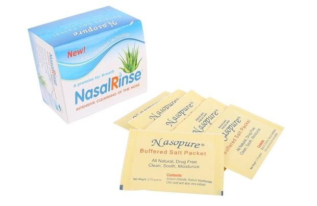 Hỗn hợp muối rửa mũi Nasal Rinse là dược phẩm natri clorua và natri bicarbonate, được dùng để hỗ trợ rửa mũi nhằm làm sạch các dịch nhầy, chất bụi bẩn bám trong mũi
