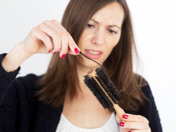 Dầu gội và dầu xả Biotin & Collagen OGX là sự kết hợp hoàn hảo xua tan nỗi lo rụng tóc