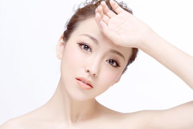 Một số phương pháp làm đẹp đơn giản tại nhà cho bạn gái Vitamine-puritan-s-pride-natural-e-400iu-my1-chiaki-vn-jpg-1473234065-07092016144105