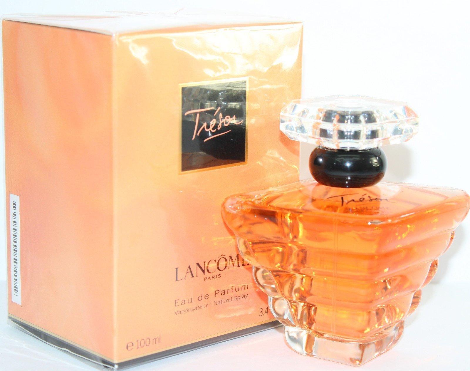 """Sản phẩm Lancome Tresor tạo nên """"làn sóng"""" mang tính bước ngoặt trong ngành nước hoa vào những năm 90 của thế kỷ 20"""