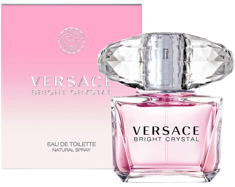 Versace Bright Crystal là mẫu nước hoa được thiết kế đặc biệt dành riêng cho phụ nữ với hương thơm ngọt ngào quyến rũ phân tầng