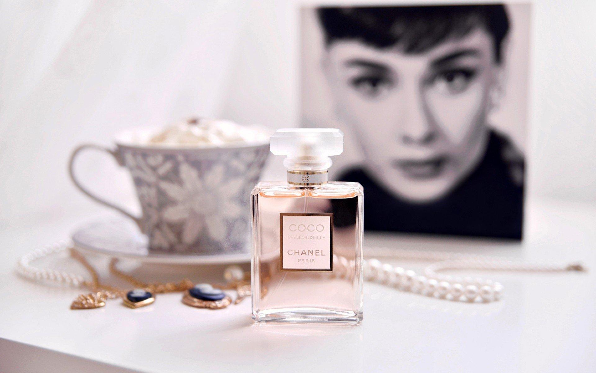 Nước hoa Chanel Coco Mademoiselle thanh lịch 4