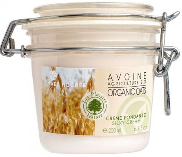 Kem dưỡng Yves Rocher Organic Oats Silky Cream chứa chiết xuất yến mạch giúp dưỡng ẩm, cung cấp dưỡng chất cho da