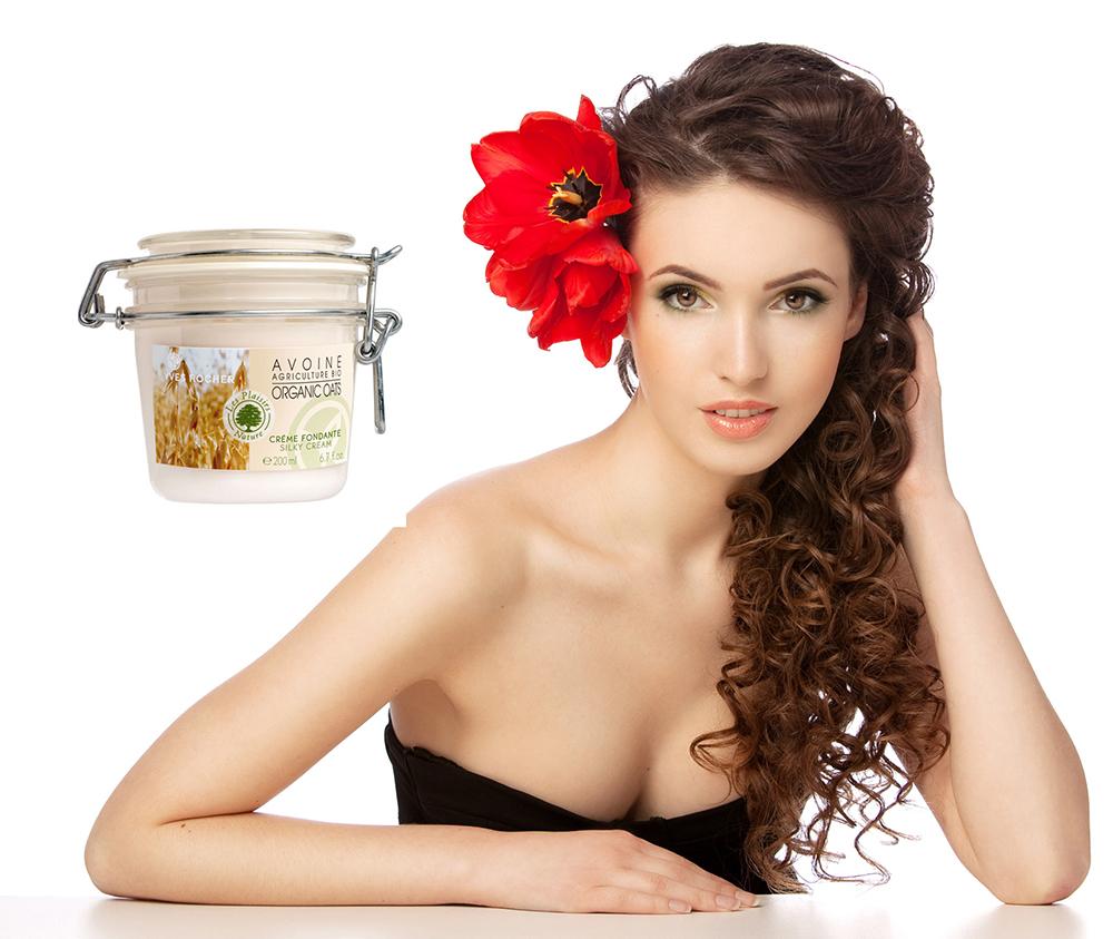 Yves Rocher Silky Cream Organic Oats còn có khả năng dưỡng trắng cho làn da trắng mịn hoàn hảo