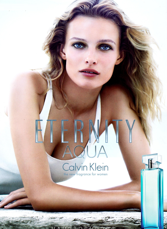 CK Eternity Aqua cho nữ mang phong cách tươi mát, tinh tế và nữ tính với 3 tầng hương