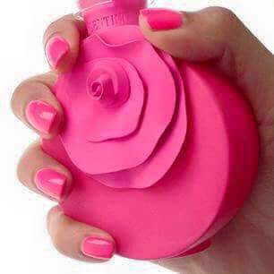 Thời gian lưu giữ hương thơm của nước hoa còn phụ thuộc vào đặc tính làn da của từng người
