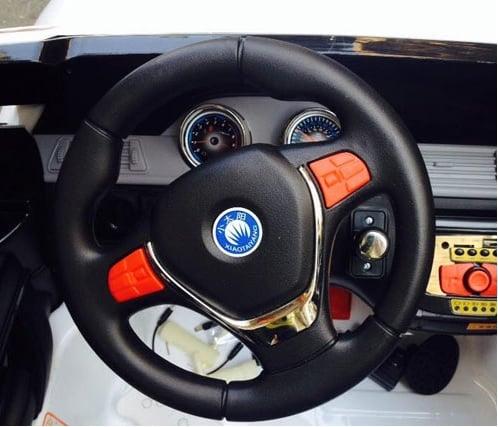 ô tô điện trẻ em s8088