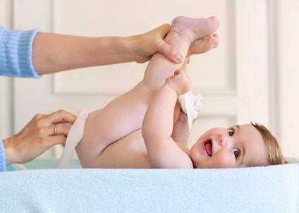 Sản phẩm thiên nhiên dịu nhẹ, không chứa Paraben, không mùi, không cồn, đã được kiểm nghiệm tuyệt đối an toàn cho trẻ nhỏ