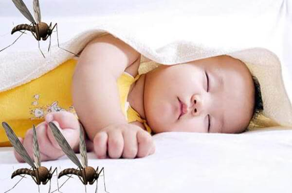 Xịt chống muỗi đốt và côn trùng cắn Muhi cho bé từ 6 tháng 2