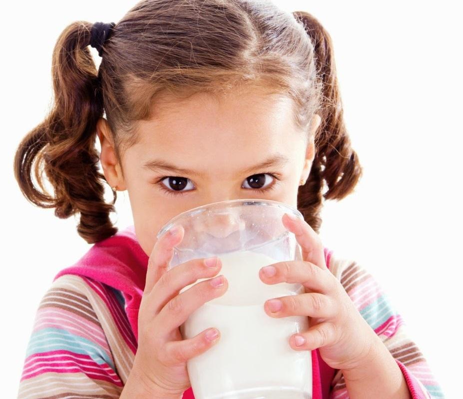 Cách bổ sung canxi cho trẻ sơ sinh đúng cách bằng sữa nguyên kem