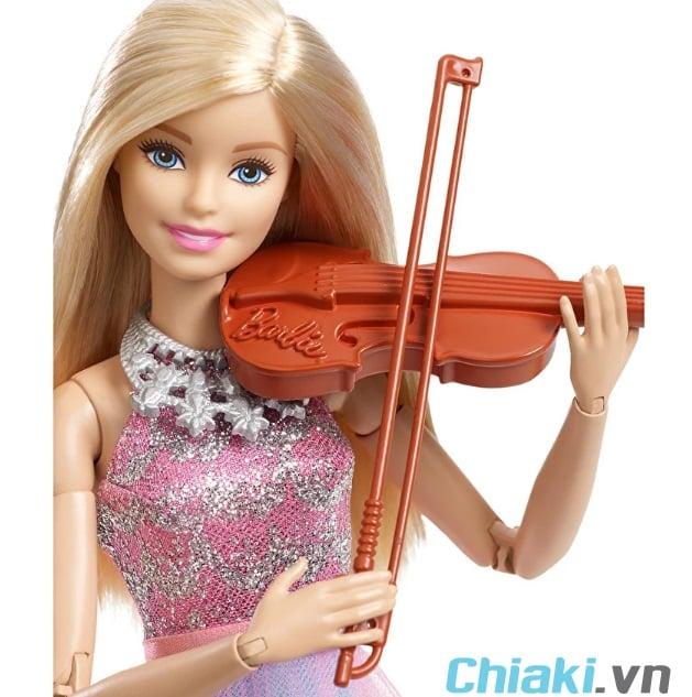 Búp bê Barbie có khớp tay giúp búp bê có thể cử động linh hoạt