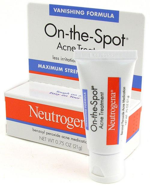 Kem trị mụn Neutrogena On The Spot Acne Treatment chính hãng