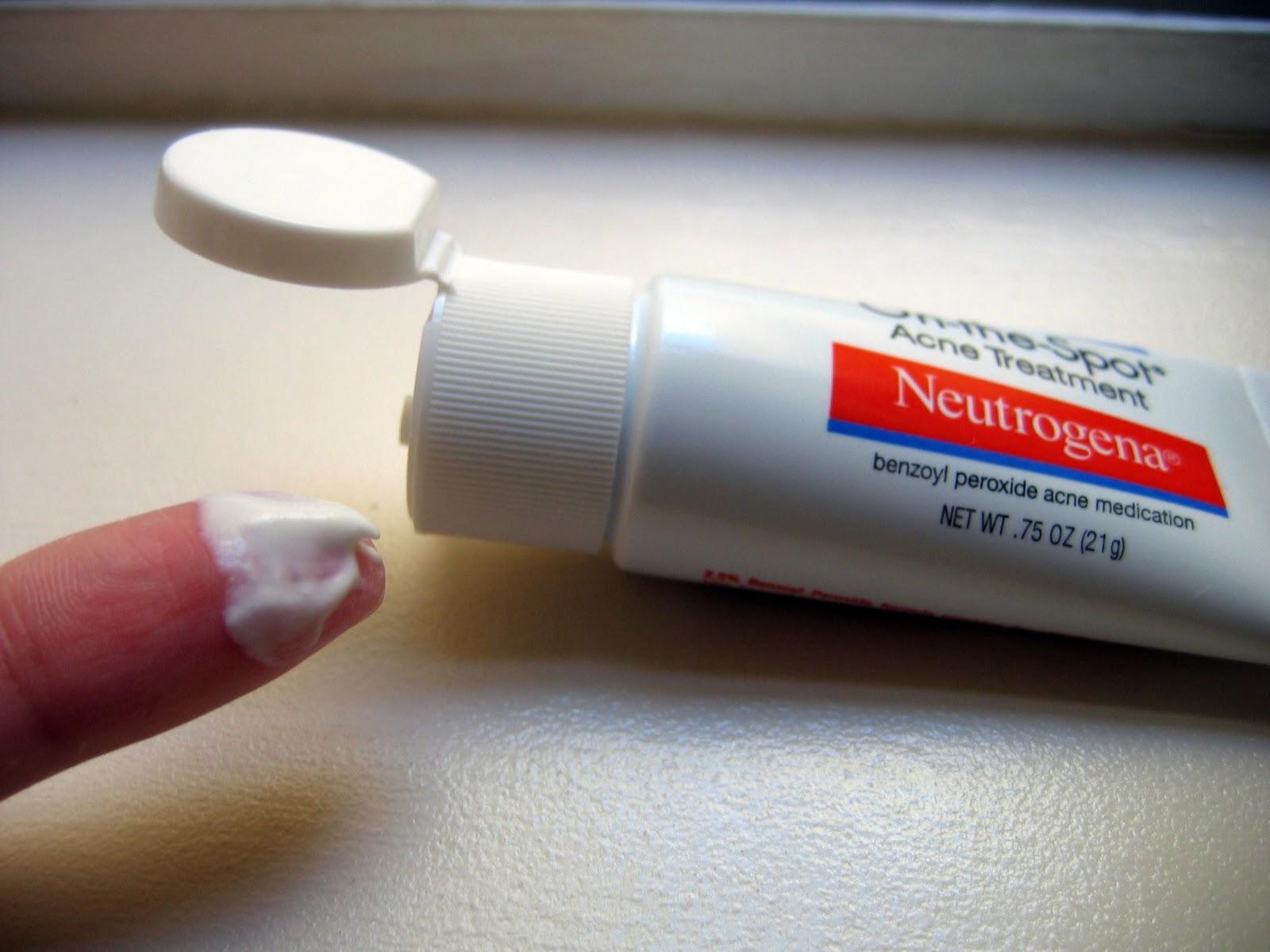 Kem trị mụn Neutrogena On The Spot Acne có tốt không?