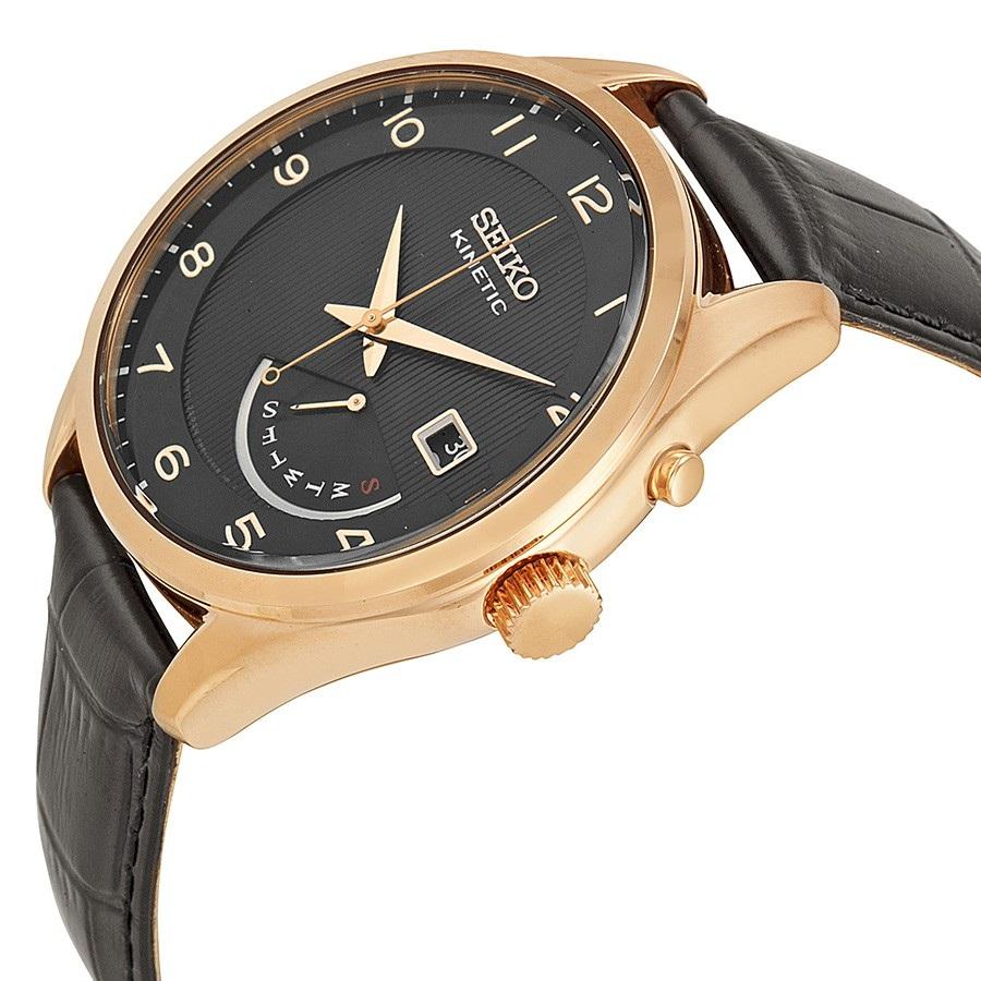 Case đồng hồ được mạ vàng sang trọng