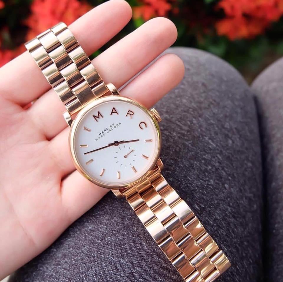Cận cảnh chiếc đồng hồ Marc Jacobs nữ