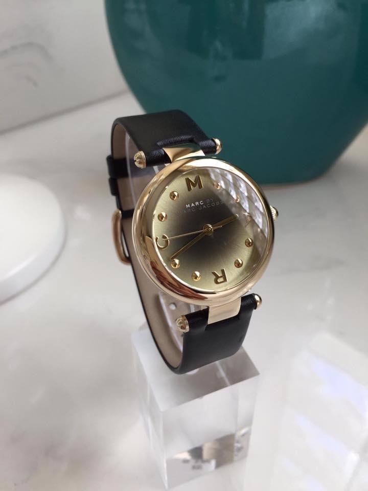 Cận cảnh chiếc đồng hồ Marc Jacobs MJ1409
