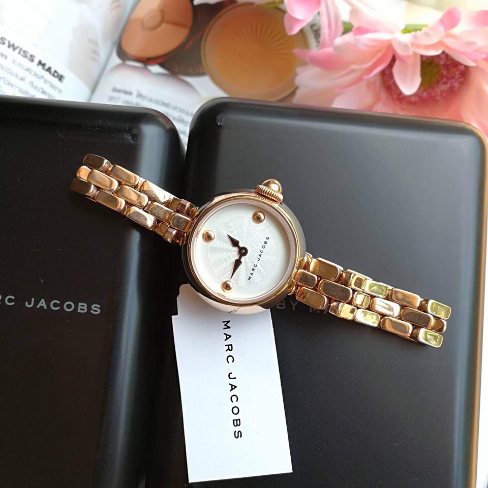 Cận cảnh chiếc đồng hồ Marc Jacobs nữ MJ3458