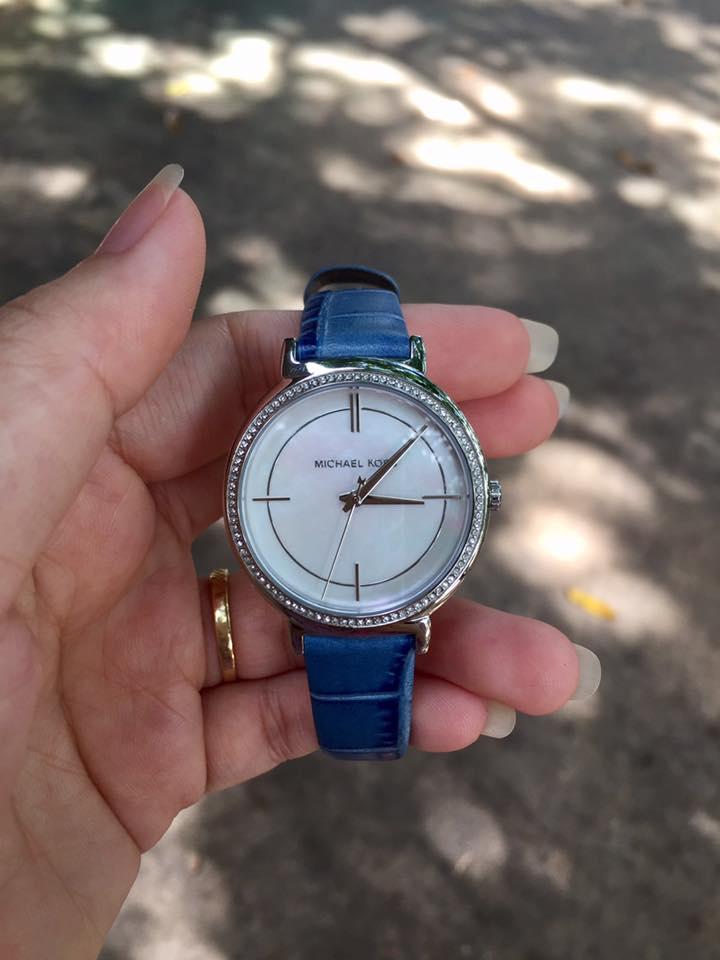Đồng hồ Michael Kors MK2661 đính đá cho nữ