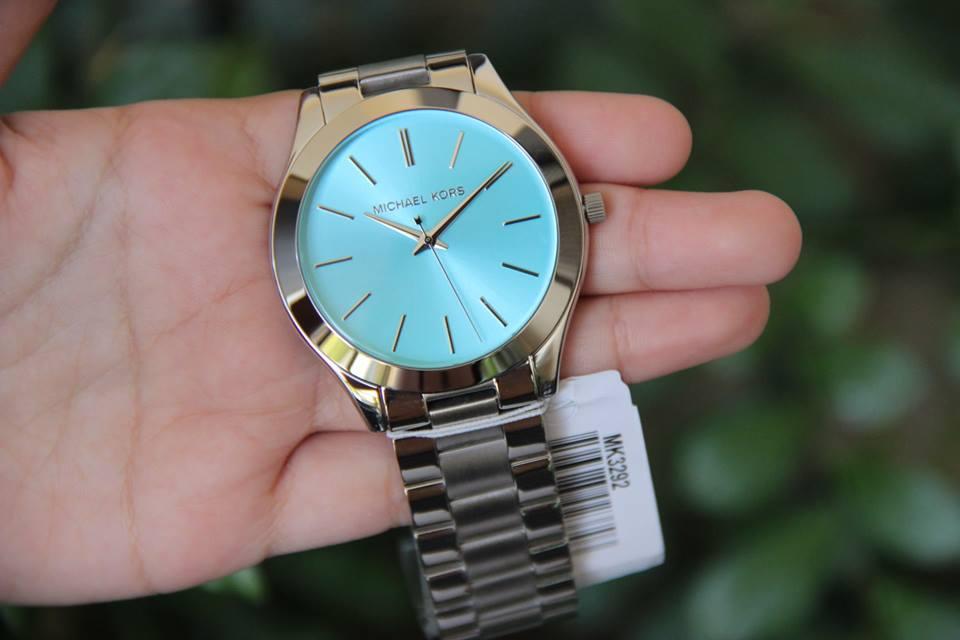 Cận cảnh chiếc đồng hồ Michael Kors MK3292