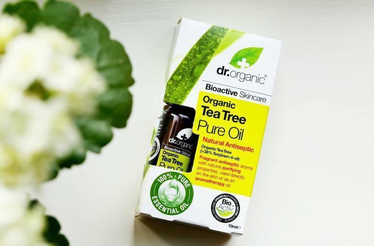 Tinh dầu tràm trà Dr.Organic Tea Tree Pure Oil