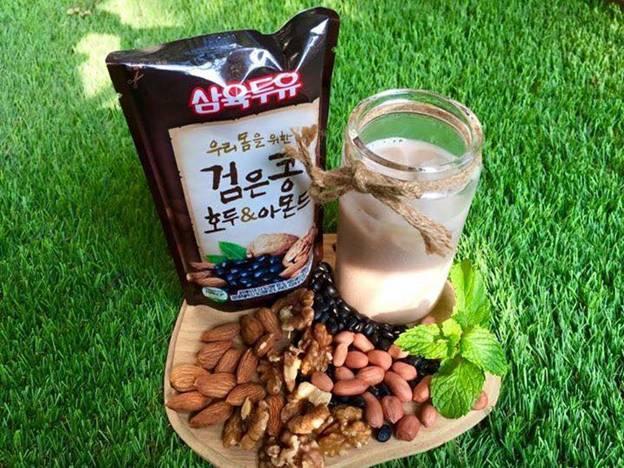 Sữa óc chó hạnh nhân đậu đen Hàn Quốc giá rẻ