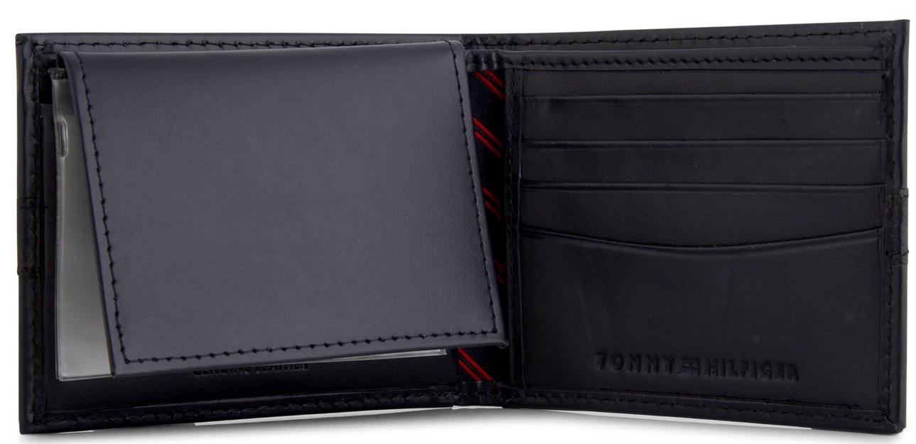 Thiết kế ví với nhiều ngăn tiện dụng