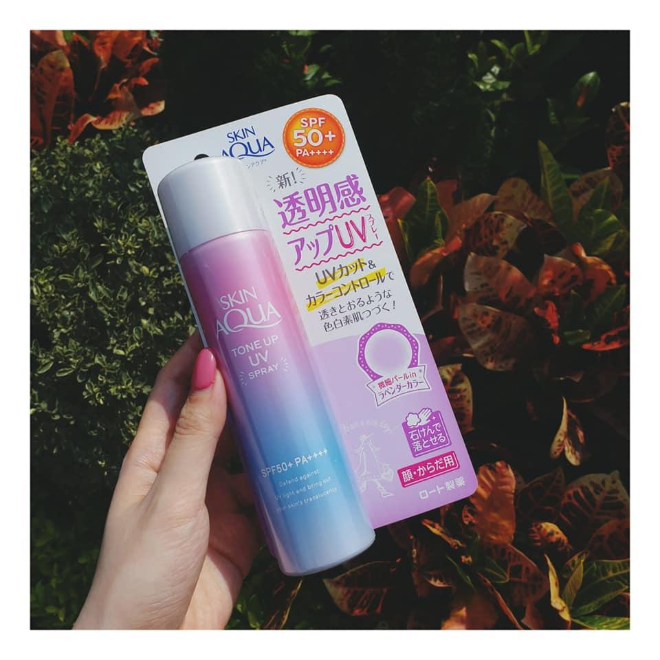 Kem Chống Nắng Skin Aqua Tone Up UV Essence SPF 50+ PA++++ 3