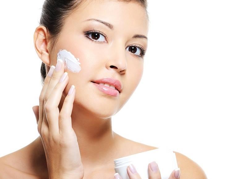 Kem dưỡng trắng da chống lão hoá ban đêm Lariena Glowing Night Cream 3
