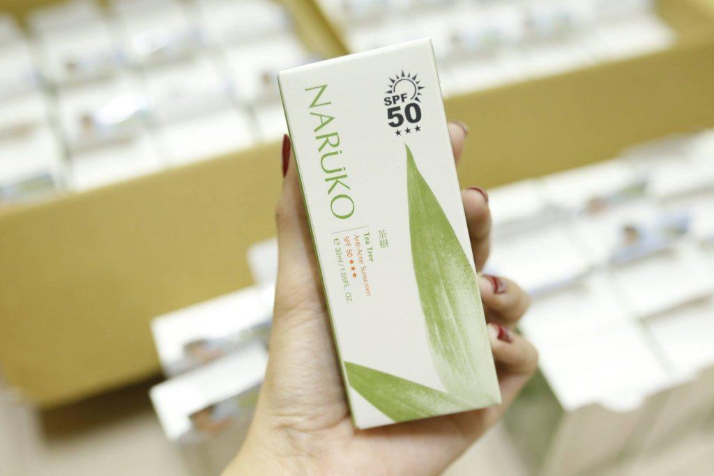 Chống Nắng Tràm Trà Naruko Tea Tree Anti-Acne SPF50