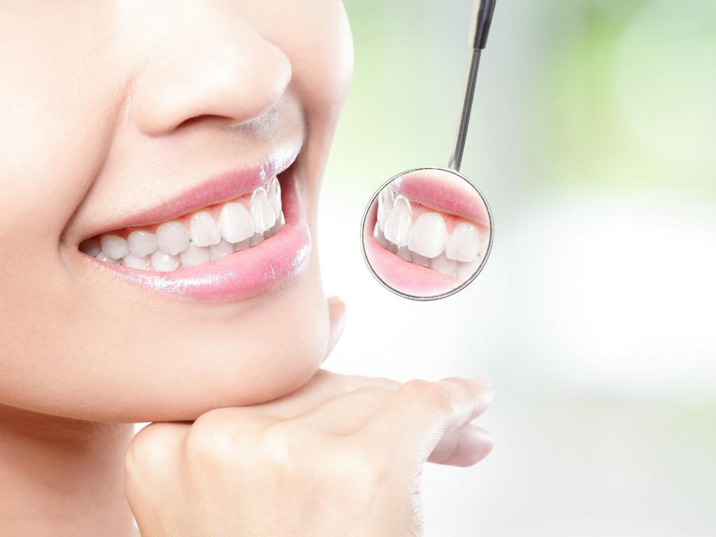 Các nghiên cứu đã chứng minh việc sử dụng đầu bàn chải Precision Clean Oral-B giúp làm sạch răng miệng hơn nhiều lần sử dụng bàn chải thông thường
