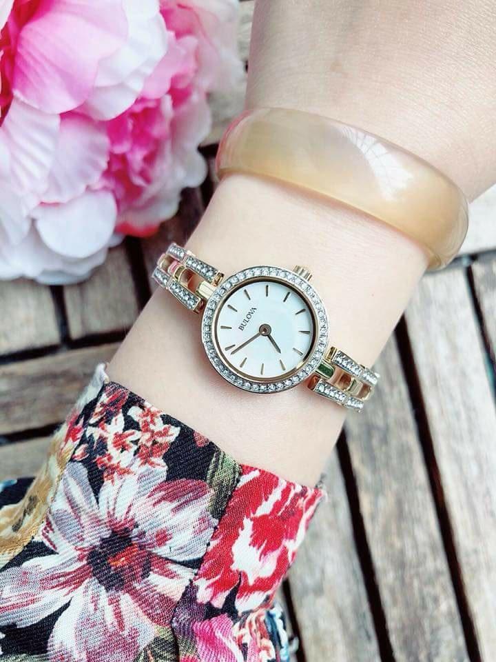 Đồng hồ Bulova 98L212 đính đá tinh xảo cho nữ 4