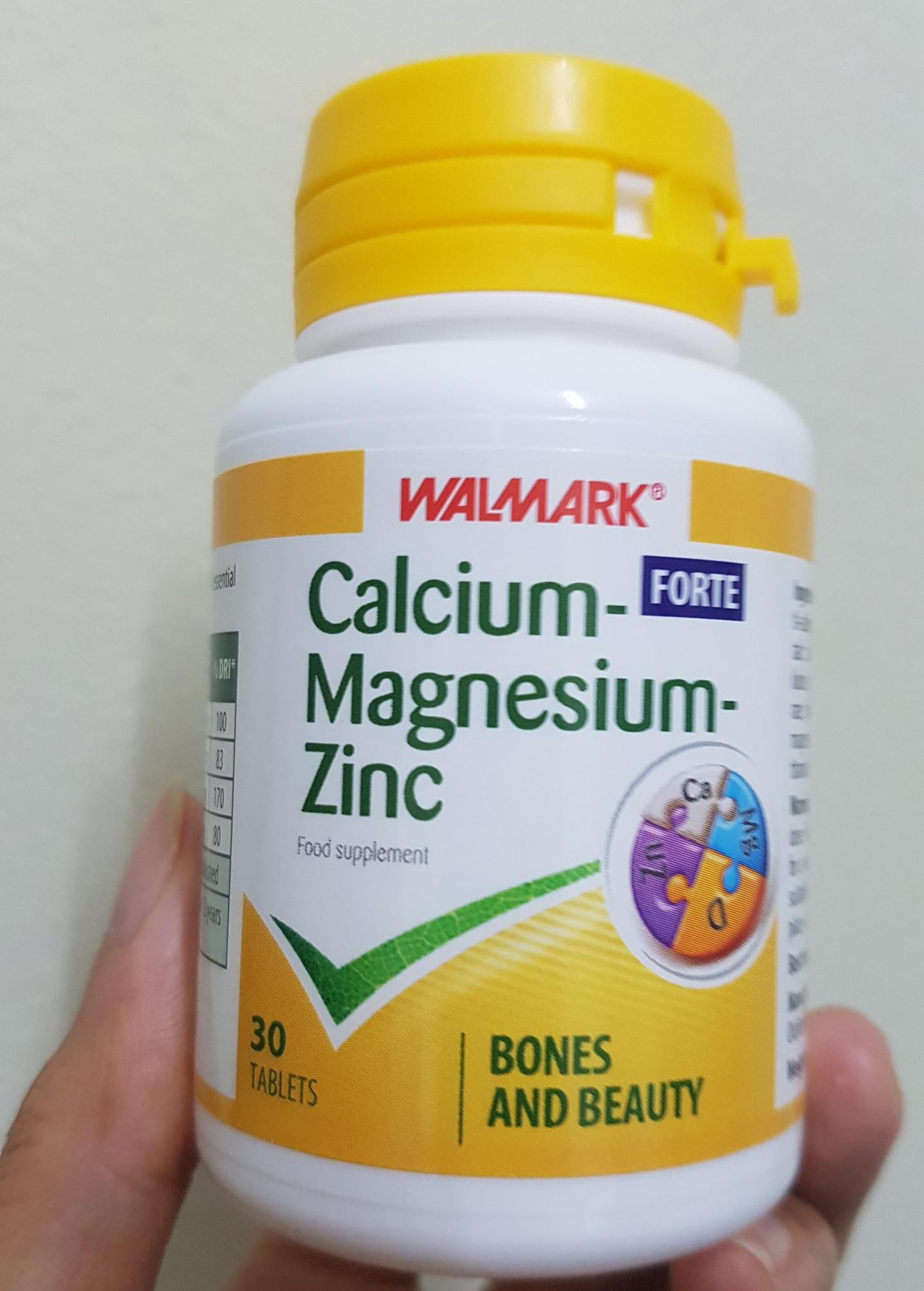 Hỗ trợ bổ sung các vitamin và dưỡng chất cần thiết cho sự phát triển của trẻ như calcium, magnesium, zinc forte.