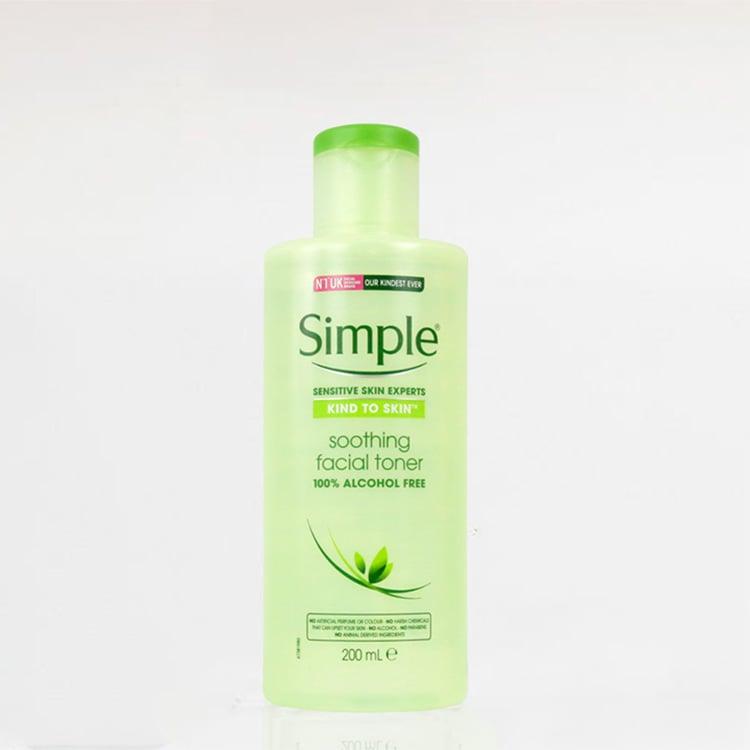 Nước hoa hồng không cồn Simple Kind To Skin Soothing Facial Toner