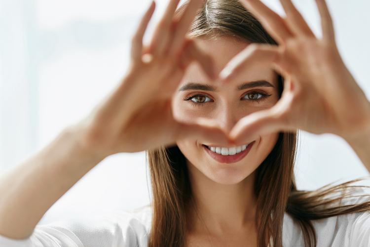 Blackmore Lutein-Vision Advanced giúp bảo vệ các khu vực điểm vàng của mắt