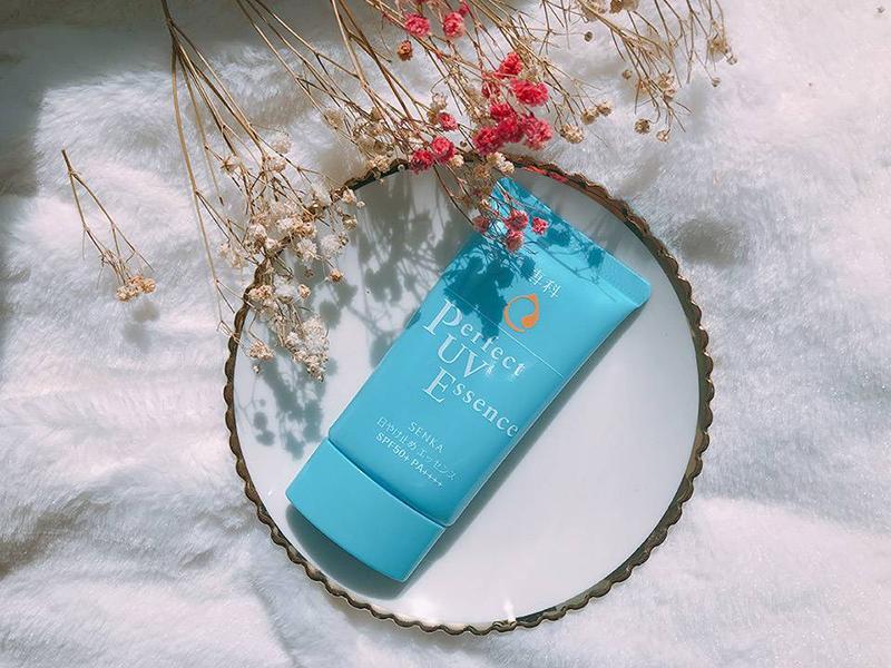 Kem chống nắng Senka Perfect UV Essence chính hãng