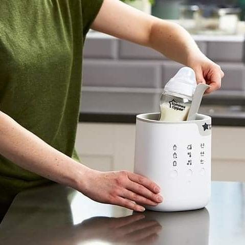 Máy hâm sữa Tommee Tippee – All in oe thiết kế thông minh