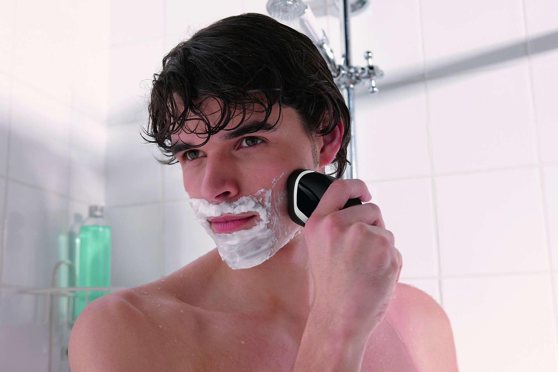 Máy cạo râu Philips AT610 làm sạch nhanh và hiệu quả
