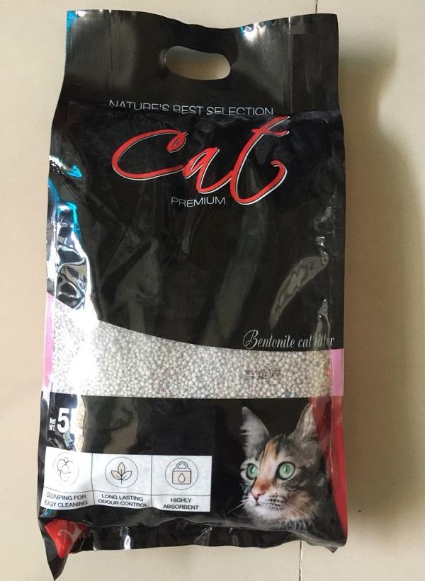 Cát vệ sinh cho mèo Cat's Eye Cat Litter Bentonite bao 5L