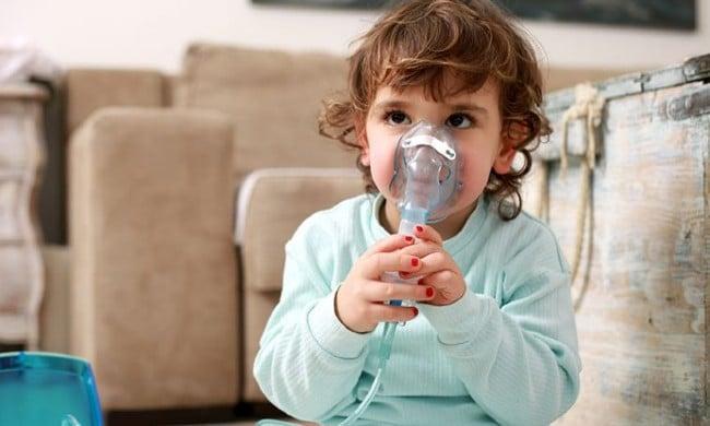 Máy xông mũi họng cho bé